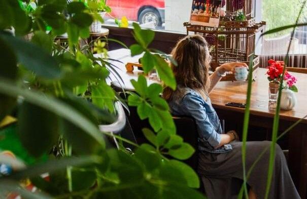 """Firma przyjazna środowisku, czyli jak domowe nawyki mogą nam pomóc być bardziej """"eko"""" w miejscu pracy?"""
