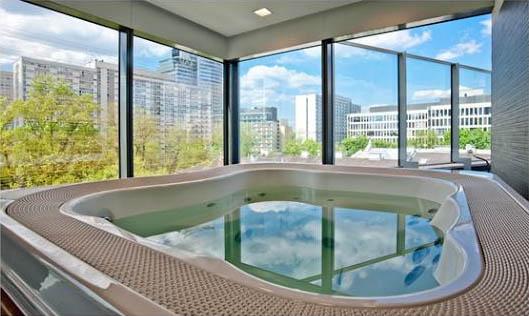 Na co zwrócić uwagę inwestując w luksusowy apartament w Warszawie