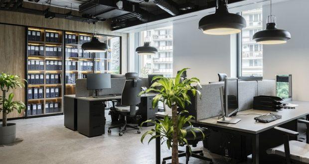 Nowoczesne biuro w miejscu dawnej fabryki spirytusu