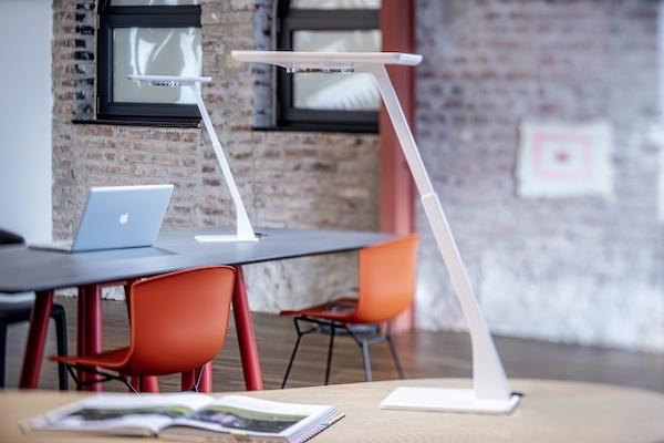 Indywidualizacja oświetlenia biurowego
